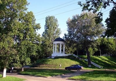 Кострома. Беседка Островского .Вид с улицы 1-го Мая