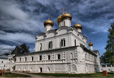 Кострома. Ипатьевский монастырь .Троицкий собор