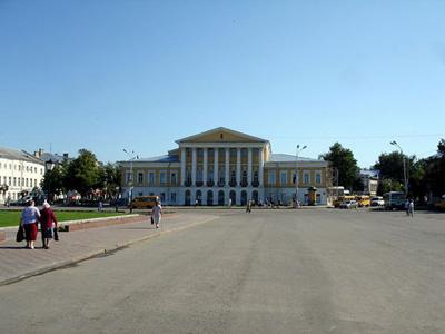 Кострома. Сусанинская площадь .Дом Борщова