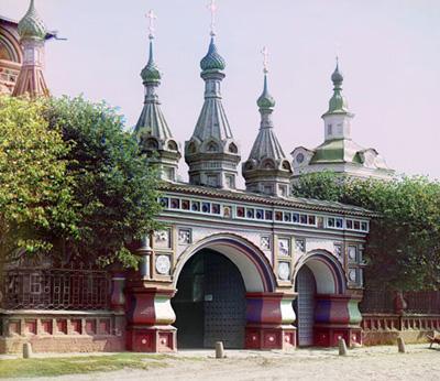 Кострома. Церковь Воскресения на Дебре .Парадный вход