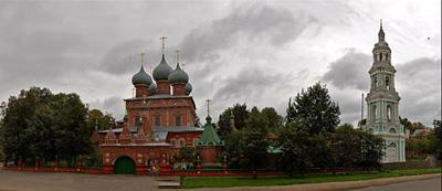 Кострома. Церковь Воскресения на Дебре .Церковь и новая колокольня