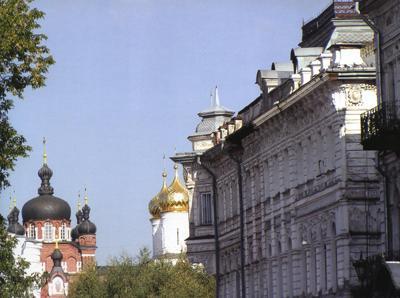 Кострома. Богоявленско-Анастасиин монастырь .Вид на Богоявленско-Анастасиин монастырь
