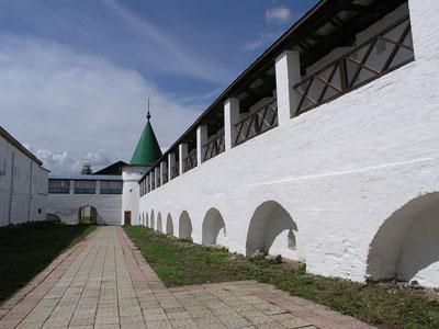 Кострома. Ипатьевский монастырь .Стены Ипатьевского монастыря