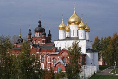 Кострома. Богоявленско-Анастасиин монастырь .Богоявленско-Анастасиин монастырь