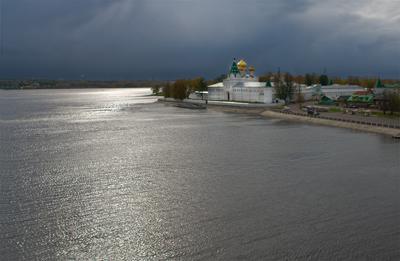 Кострома. Ипатьевский монастырь .Вид с моста